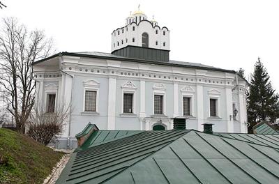 монастырь архистратига Михаила в Переяслав-Хмельницком