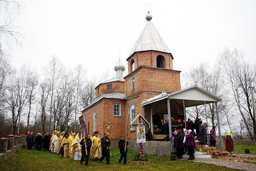 Николаевка, храм