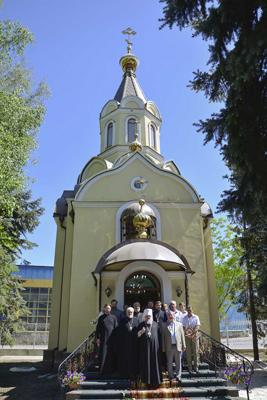 Донецкий завод высоковольтных опор, храм мученика Виктора